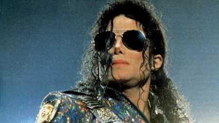 迈克尔杰克逊那些震撼的经典瞬间