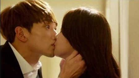 《回来吧大叔》第3集 Rain吴涟序吻戏提前上演