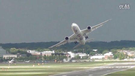 波音787惊艳起飞﹠顺风着陆
