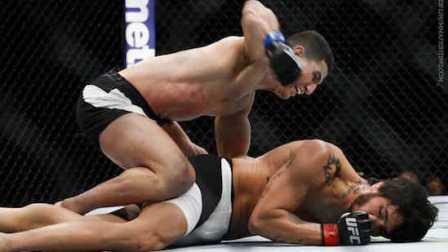 ufc196完整视频 UFC196一场副赛 埃里克席尔瓦假意对拳偷袭对手 最终被诺迪因塔勒布KO