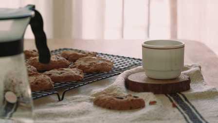 【大吃货爱美食】简单甜点简单做:美味的巧克力豆饼干~160314