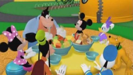 米奇妙妙屋叮铛小游戏之米老鼠纸杯蛋糕