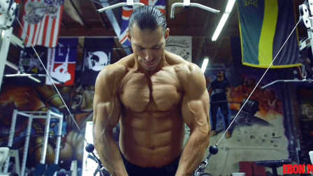 古典形体选手Craig Capurso(克雷格·卡普尔索)的训练