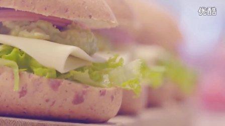 早餐|牛油果火腿三明治+果蔬汁+百香果酸奶
