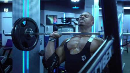 Simeon Panda(西蒙·潘达)疯牛般的肩部摧毁训练