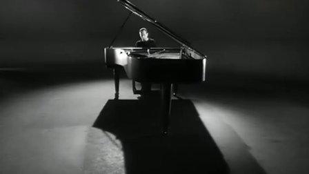 阿列克西斯·魏森伯格演奏《彼得鲁斯卡》