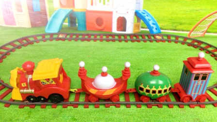 白雪玩具屋 2016 新奇玩具组装托马斯小火车 新奇玩具组装托马斯