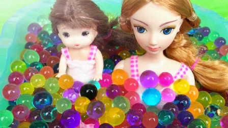 芭比娃娃水舞珠珠洗澡 过家家亲子游戏 粉红猪小妹猪猪侠熊出没超级飞侠海底小纵队爱探险的朵拉