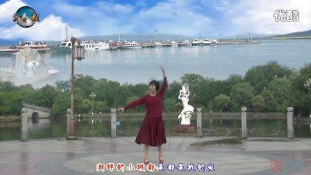 万年青香云乐园广场舞《湖畔的情人 美丽的城 》编舞:世外桃源