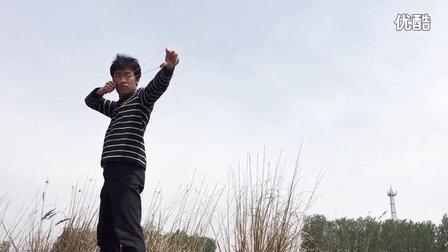 无架弹弓手把手详细示范演示/无架弹弓打法横握瞄打斜握估打瞄估打/无架弹弓拿法手法手势甩手姿势教学技巧动作要领