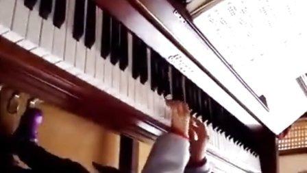 宜兴市小开心艺术培训钢琴易老师 学员蒋梓谖小朋友弹奏«当约翰凯旋归来»
