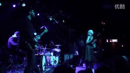 Aurora Aksnes[Under Stars]纽约布鲁克林保龄球场演出2014.10.21东传
