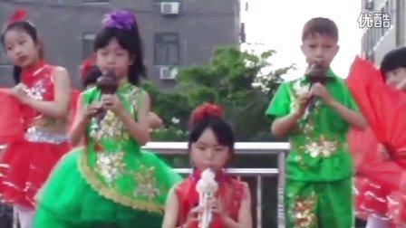南岳镇小学二年级葫芦丝表演