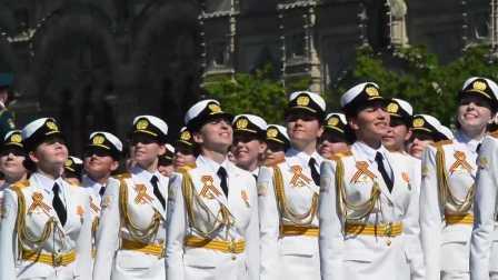 俄卫国战争胜利71周年红场阅兵2016女兵方队