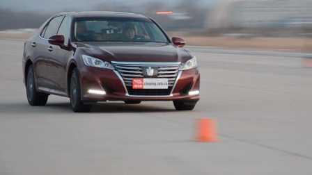 ams车评网 威sir测试场 丰田皇冠2.0T 专业测试视频