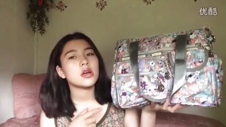FC-我的包包里有什么?(海滩包)我把头发染成黑色了!