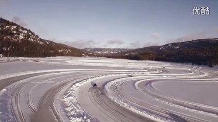 看看改装车如何在雪地里漂移