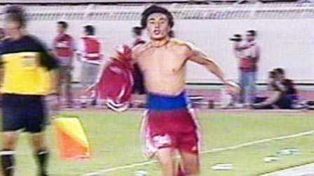 体坛嘿未够 第一季:这10个绝杀让中国足球扬眉吐气 1米6矮脚虎灭阿根廷