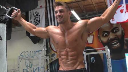 肌肉男模RYAN TERRY 健身写真