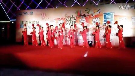 萧何社区俏媳妇舞蹈队 火红的手绢花