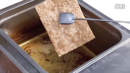 香酥薄脆的做法技术配方学习山东杂粮煎饼天津煎饼果子小吃技术的做法,面糊配方技术学习,煎饼酱料技术学习,甜酱、辣酱,薄脆。