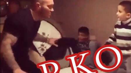 给兰迪·奥顿 一记RKO