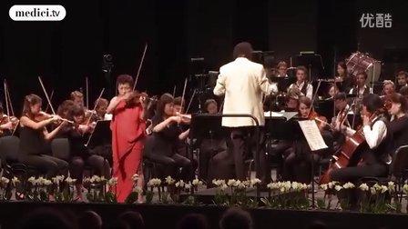 夏尔·迪图瓦指挥勃拉姆斯作品,小提琴:郑京和