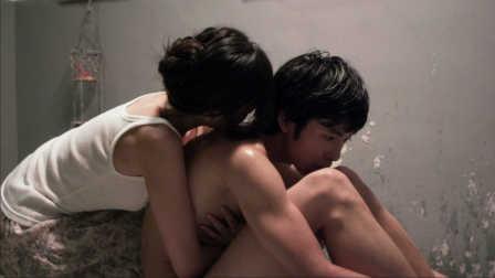 日本电影 父亲和女儿同时爱上小鲜肉 惨遭玩弄