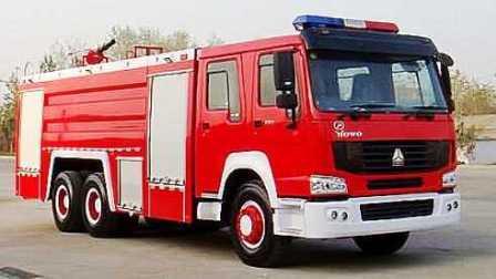 119消防车 120救护车 110警车 模拟机场飞机起火灭火救援任务 03