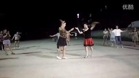 宁波萍萍广场舞【你不来我不老】双人舞
