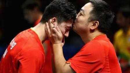 里约奥运会乒乓球马龙教练刘国梁发球练傻张继科没睡醒 刘国梁瓦尔德内尔比赛秀神奇球技精彩到不会打球
