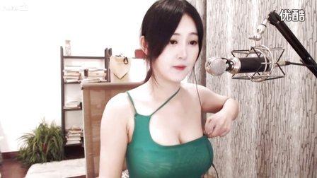 熊猫女主播-好H好-肤白貌美-紧身露肩装热舞