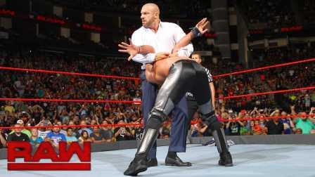【Raw 08/29】全球冠军四重威胁淘汰赛 半路杀出王小虎