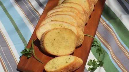 法式香蒜面包 Garlic Bread