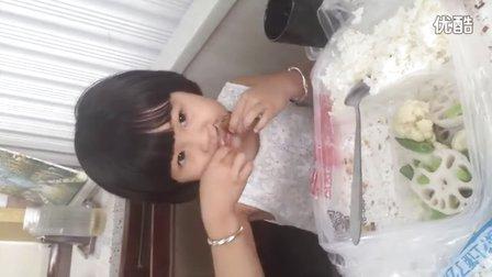 饭桶吃货爱美食中国吃货2016女童小吃货试吃试吃绿姿草莓巧克力蛋糕,烤鸡翅套餐盒饭