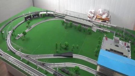 配属成局遵段的韶山3电力机车牵引2节GQ70和2节GN70油罐车在线运行