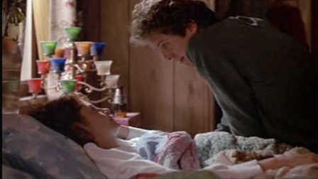 《情挑六月花》小鲜肉做阿姨的完美情人 两人大谈禁忌之恋 亲密戏上演