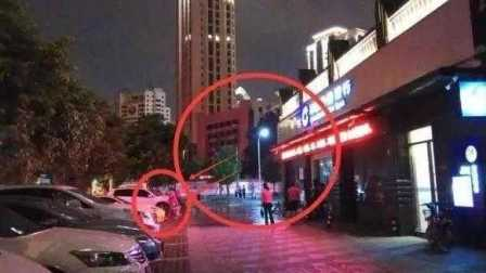 福建大妈高分贝跳广场舞 居民自制水枪扫射