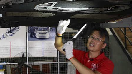 ams车评网 保时捷 718 Boxster S:如何把简单的设计做绝 底盘解析