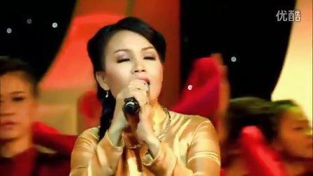 越南歌曲:夜静豪听怀朗调 Đêm Gành Hào Nghe Điệu Hoài Lang 演唱 :锦莉Cẩm Ly