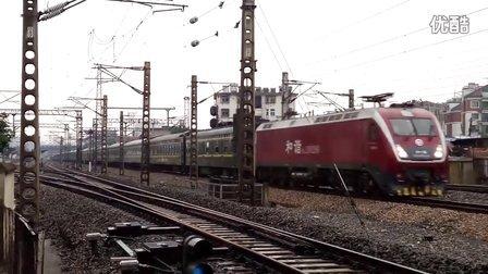 上局徐段HXD1D牵引电客T112宿州站两道通过