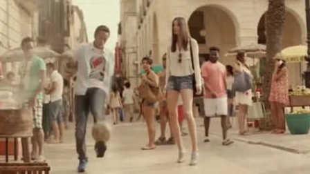 轻松一刻!C罗梅西内马尔搞笑广告合集