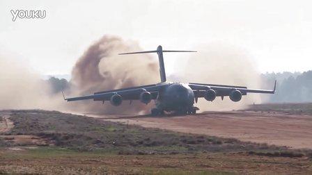 C-17 简易机场起降 卸载阿帕奇