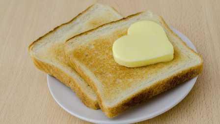 鸡蛋狂魔-如何做完美黄油吐司
