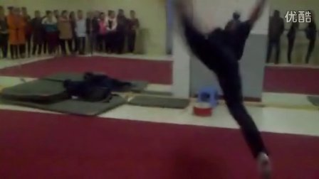 2011年太原高考舞蹈培训学校 舒曼舞蹈学生基本功技巧