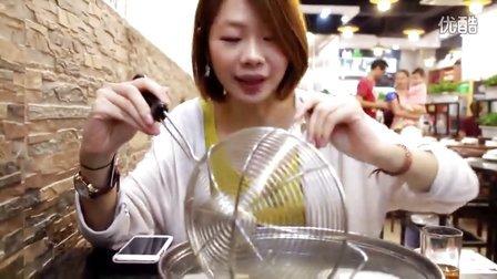 【烤面包】吃饭逛街(八合里牛肉火锅 + 糖水)