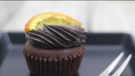 第19期:糖渍橙片纸杯蛋糕