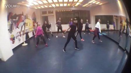 咸阳舞蹈培训易美爵士舞钢管舞肚皮舞培训会员班组合