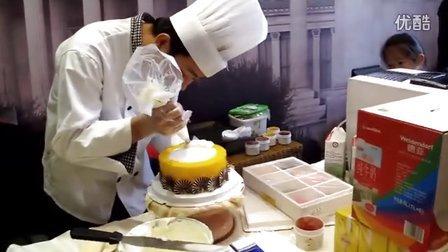 家庭烘焙小屋教您做生日蛋糕