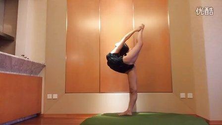 北京亦庄柔柔形体 舞蹈基本功中级一字马搬后腿教学27